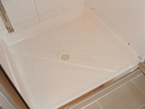 отпушване на сифон на душ кабина