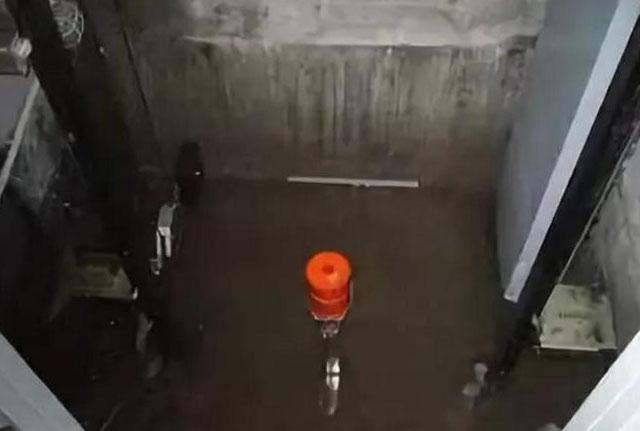 Отводняване на асансьорна шахта