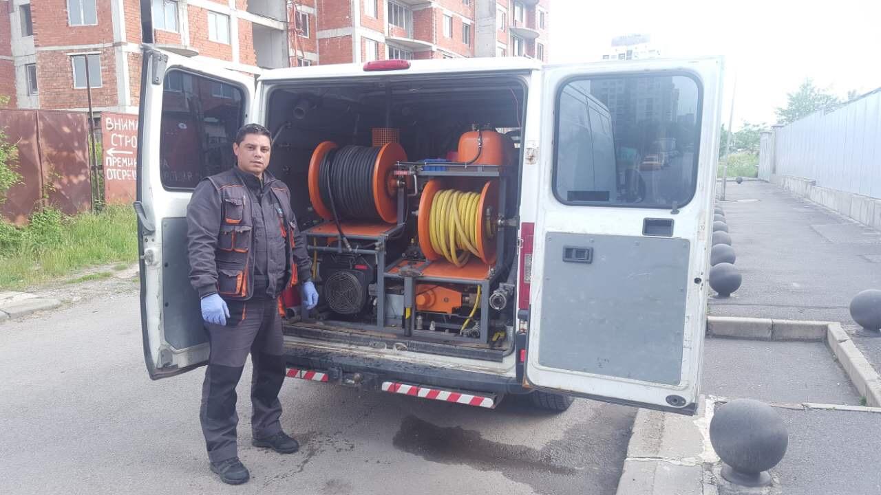 почистване и отпушване на канали в София
