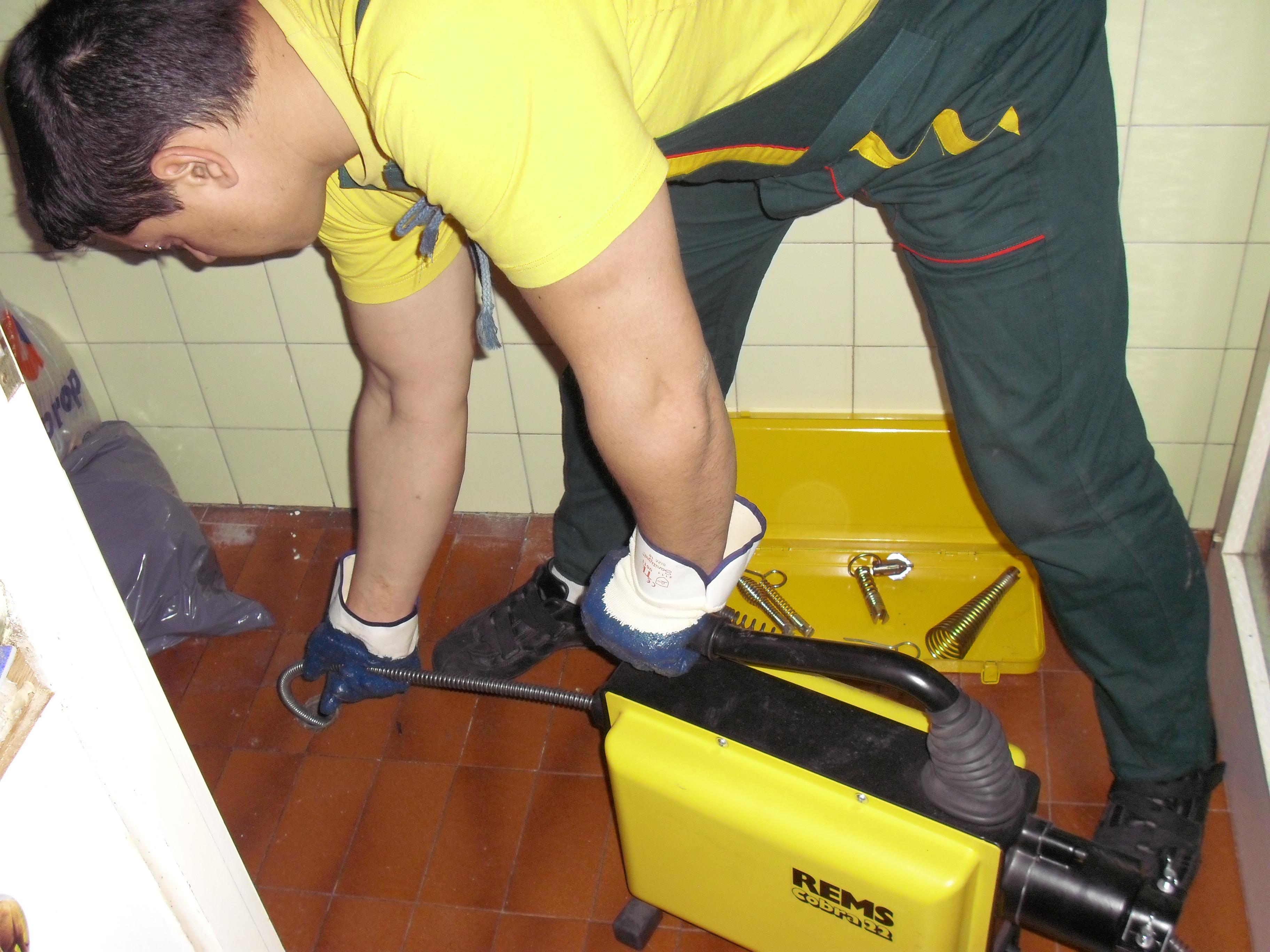 почистване ан канализационни тръби